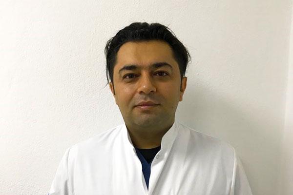 Recep Çelik, Doctor