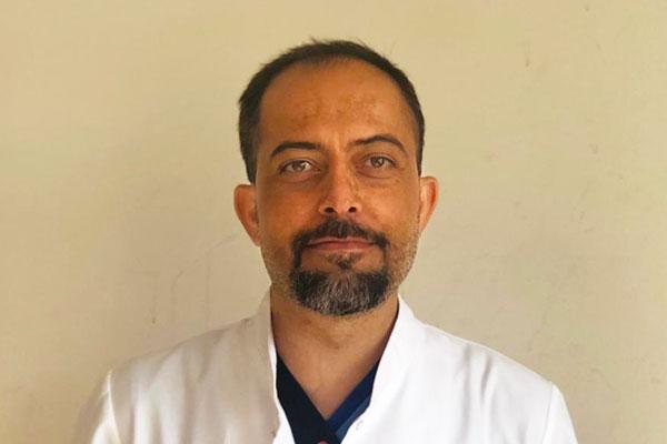 Uğur Şahin, Doctor