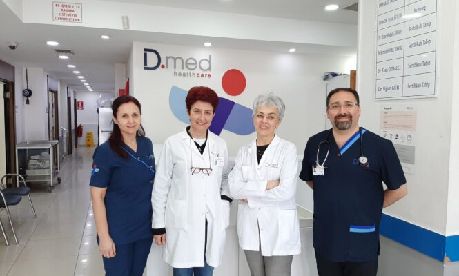 Marmara Clinic, two nurses and two doctors standing together.